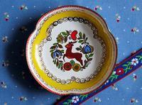 オーストリアの鹿柄ホーロー小皿 - Der Liebling ~蚤の市フリークの雑貨手帖3冊目~