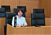 ただ一人の女性議員と親子傍聴室を見る(飯塚市) - FEM-NEWS