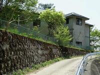 長野そぞろ歩き・廃校巡り:旧御山里小学校 - 日本庭園的生活