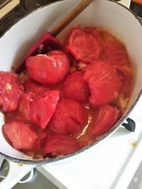 安トマトでソースに色々 - ちゃたろうとゆきまま日記