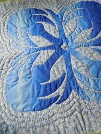 同系色のハワイアンキルト - eri-quilt日記3