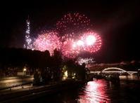 フランス革命記念日の花火を見る!パリ祭、エッフェル塔の花火の観賞スポット - keiko's paris journal <パリ通信 - KSL>