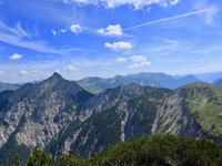 オット、山頂で猛ダッシュ - ヨーコのゲルマン体験記