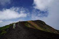 梅雨の晴れ間の山登りその3岩手山馬返し新道ピストン - 888WebLog