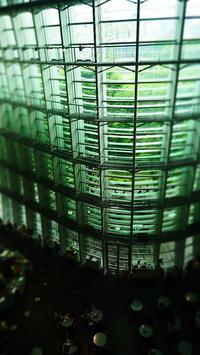 ガラスのの空間Ⅱ - 風の香に誘われて 風景のふぉと缶