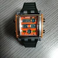 ディズニー系の腕時計。 - 自由空間の間取り