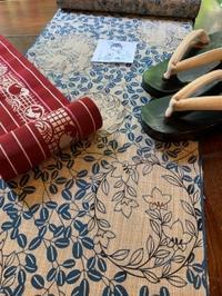 2019年8月の着物「初秋の浴衣・奥州小紋は萩に桔梗の花丸柄」 - 志お屋ぶろぐ