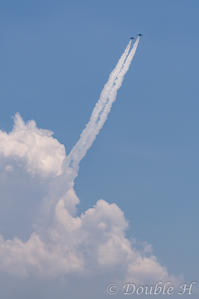 湧き立つ雲からブルーインパルス - one day, one photo