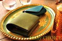 イタリアンレザー・プエブロ・コンパクト2つ折り財布とキーケース - 時を刻む革小物 Many CHOICE~ 使い手と共に生きるタンニン鞣しの革