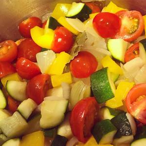 夏野菜たっぷりラタトゥイユ - 泣いて笑って食べた!大腸がんステージ4を乗り越えて