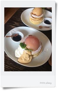 念願の桃のパンケーキ@原宿ウズナオムオム♪ - **いろいろ日記**