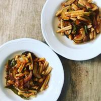 夏野菜たっぷりのパスタ 〜 2016年の自家製パッサータが冷凍庫に、、、!! - 幸せなシチリアの食卓、時々旅