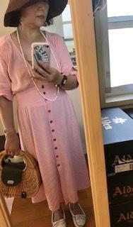 丸ごとピンク - 着まわせない