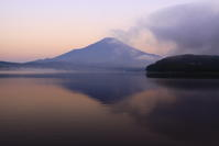 令和元年8月の富士(2)山中湖の朝の富士 - 富士への散歩道 ~撮影記~