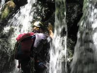 奥多摩夏はやっぱり大人の水遊びが最高!北秋川渓谷惣角沢Stream Climbing in Sogakusawa, Chichibu-Tama-Kai NP - やっぱり自然が好き