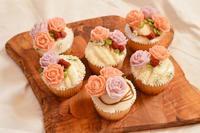 夏季ワークショップバラのカップケーキ - pooh+web+