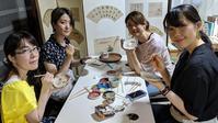 大人気の猫皿 絵付け体験❣️ - 元窯・花*花ブログ