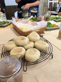 エッグベネディクト美味しく出来上がりました!! - 土浦・つくば の パン教室 Le soleil