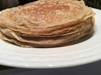 蕎麦粉のクレープとブーラッタチーズ - ダイアリー