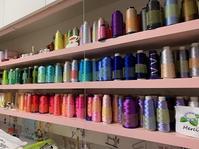 ミシンカフェの片付け&刺繍CDの棚 - Atelier Chou
