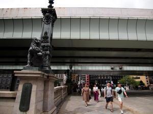 日本橋近辺ビル街 -