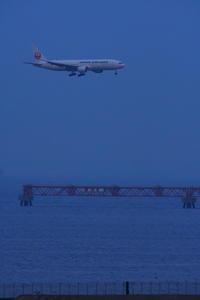 HND - 573 - fun time (飛行機と空)