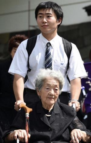 「ここに来れば会える」 戦没者追悼式最高齢遺族の内田さん、半世紀以上参列続ける - ★ご当地紀行★
