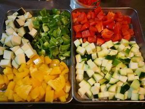 夏野菜のキーマカレーランチ。 - カフェ南果
