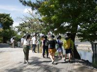 宇治川に沿って歩く - カメラノチカラ