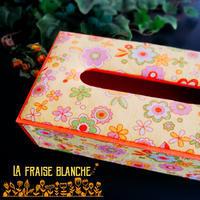 『ぷくぷくティッシュケース』 - カルトナージュ教室 & ハンドクラフト教室 ~ La fraise blanche ~ ラ・フレーズ・ブロンシュ