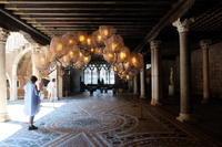 ヴェネツィア、カ・ドーロの「DYSFUNCTIONAL.」展がおもしろい! - カマクラ ときどき イタリア