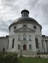 ポーランド旅行記2019(17)ワルシャワ観光名所散策無名戦士の墓から王宮広場へ - 本日の中・東欧