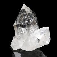 小ぶりなサイズのブラジル・トマスゴンサガ産水晶 - 石の音、ときどき日常