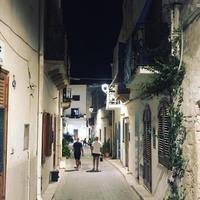 夜のお散歩 @ マレッティモ島 - 幸せなシチリアの食卓、時々旅