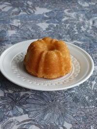 mini バンド型で焼いた人形焼きのようなマドレーヌ - Baking Daily@TM5