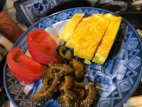 8月15日、卵焼き、ゴーヤ佃煮、ウインナー、玉ねぎ卵とじ、冷奴 - 今夜のおかず