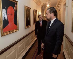 レオ、絵を購入 - Leonardo DiCaprio