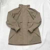 マウンテンパーカー - 「NoT kyomachi」はレディース専門のアメリカ古着の店です。アメリカで直接買い付けたvintage 古着やレギュラー古着、Antique、コーディネート等を紹介していきます。