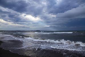 2019/08/23(FRI) オンショアの波 - SURF RESEARCH