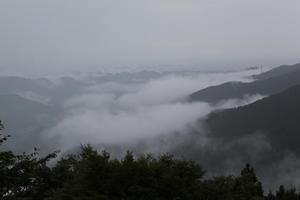奥多摩御岳山の雲海 -