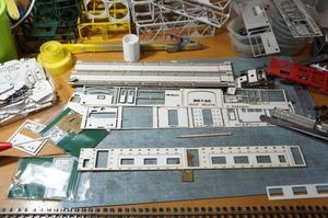 【鉄道模型・HO】70系横須賀色・クハ77を作る・1 - kazuの日々のエキサイトな企み!