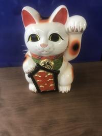 招き猫 - 石崎洋家具店