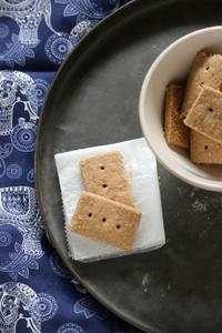 ショートブレッド - パンとお菓子と子供の笑顔