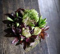 お供えのアレンジメント。余市町に発送。2019/08/21着。 - 札幌 花屋 meLL flowers