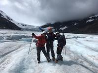 悠久の時を感じるアサバスカ氷河と滝の裏へ懸垂下降?パンサーフォール二本立て - ヤムナスカ Blog
