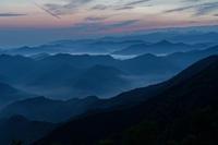 雲海に差す斜光 - katsuのヘタッピ風景