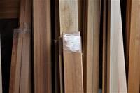 杉造作材赤、白、源平 - SOLiD「無垢材セレクトカタログ」/ 材木店・製材所 新発田屋(シバタヤ)