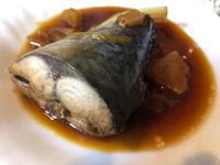 8月27日、鯖の煮付け、豚肉とパプリカ炒め、味噌汁 - 今夜のおかず