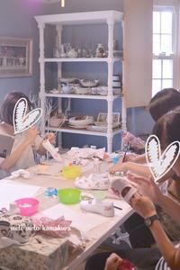 ◆デコパージュ*いよいよ2学期が始まります!みんなで上履きの準備♪ - フランス雑貨とデコパージュ&ギフトラッピング教室 『meli-melo鎌倉』