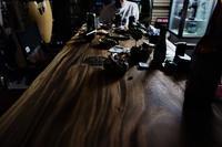 秘密木(基)地 No.6ハワイヤ - SOLiD「無垢材セレクトカタログ」/ 材木店・製材所 新発田屋(シバタヤ)